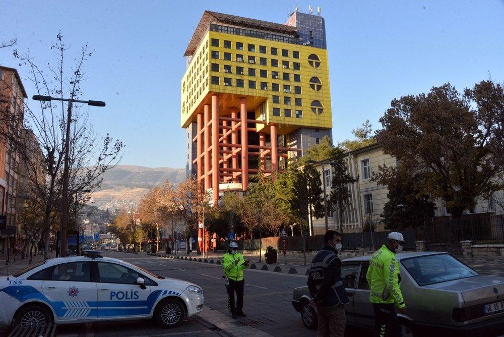 """""""Dünyanın en saçma binasının"""" yıkılacağı tarih belli oldu - 12"""
