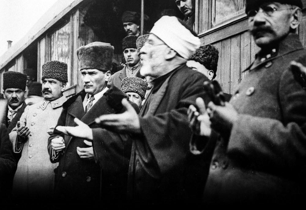 Mustafa Kemal Atatürk'ün ebediyete intikalinin 82. yılı (10 Kasım 1938) - 20
