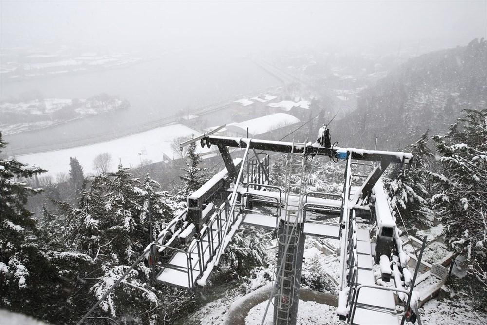 İstanbul'da kar yağışı devam ediyor - 25