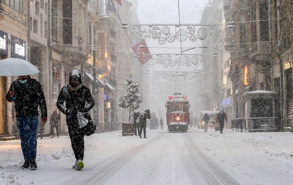İstanbul'da kar yağışı yeniden etkisini artırdı - 10
