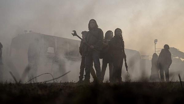 The Walking Dead: World Beyond'un yayın tarihi de ertelendi