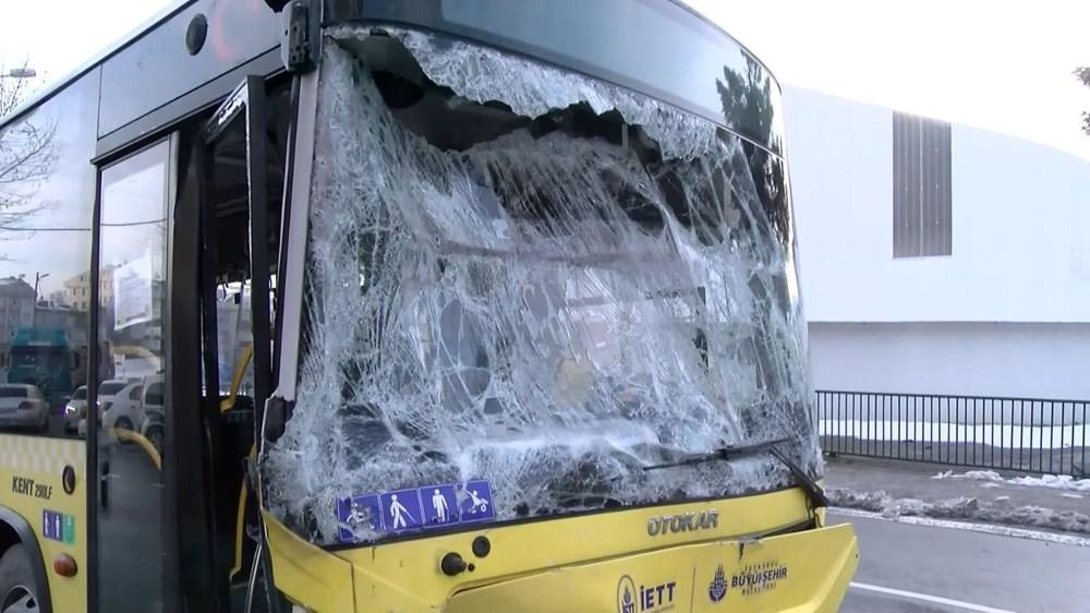 Sancaktepe'de İETT otobüsüyle minibüs çarpıştı: 7 yaralı - 5