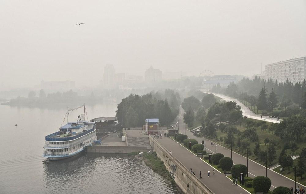 NASA duyurdu: Sibirya'daki yangınların dumanları tarihte ilk kez Kuzey Kutbu'na ulaştı - 8