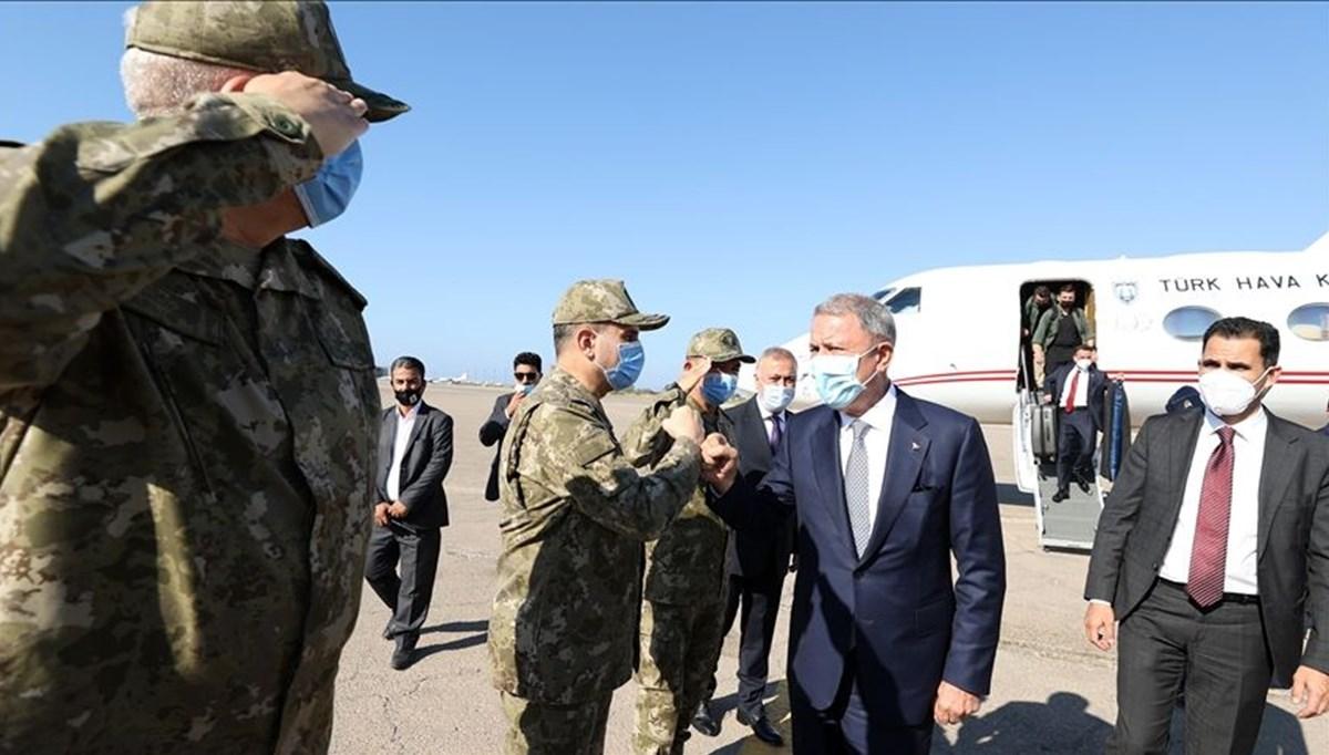 Bakan Akar'dan NATO Zirvesi öncesi Libya ziyareti