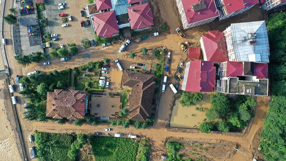 Rize'de sel ve heyelan afetinin hasarı gün ağarınca ortaya çıktı - 28