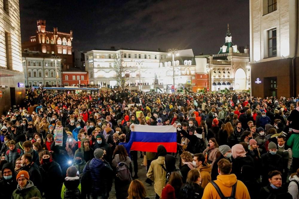 Rusya'da Navalni protestolarında gözaltı sayısı bin 400'ü aştı - 10