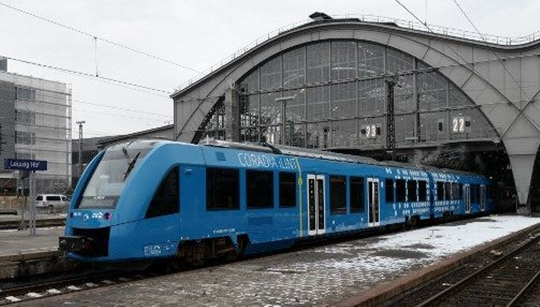 Almanya'da hidrojenle çalışan tren yaptılar