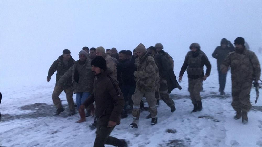Bitlis Tatvan'da Cougar tipi helikopter düştü: 9 şehit - 4