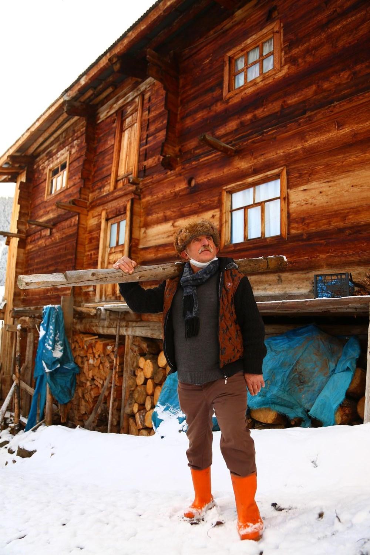 Artvin'deki 2 bin rakımlı Maden Köyü'nde kışı böyle geçiriyorlar - 16