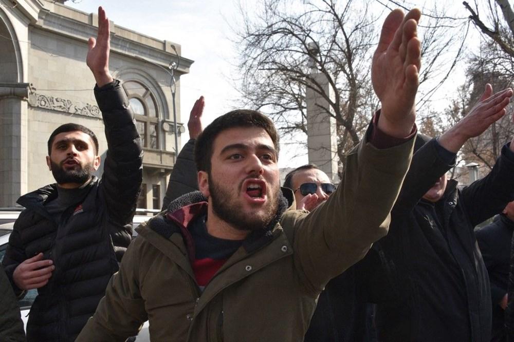 Ermenistan'da darbe girişimi: Paşinyan destekçileri ve karşıtları meydanlara çıktı - 21