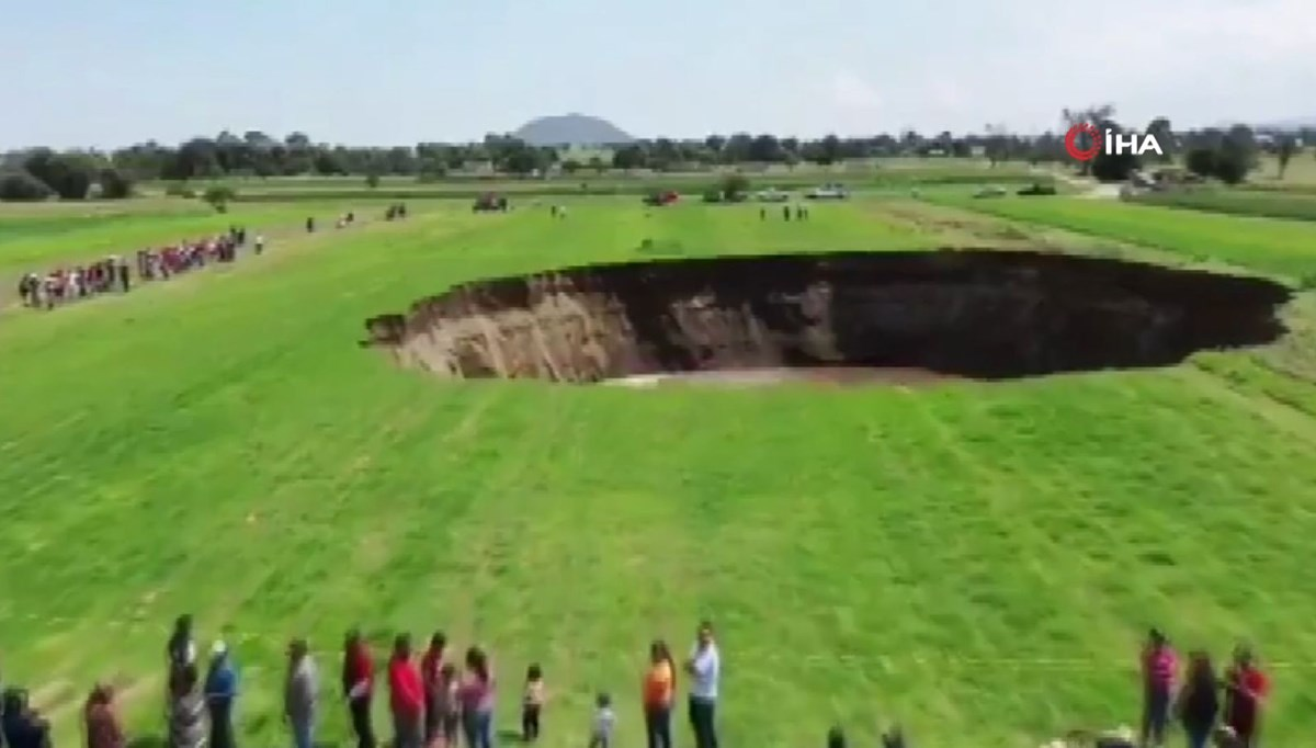 This is how the giant sinkhole was formed