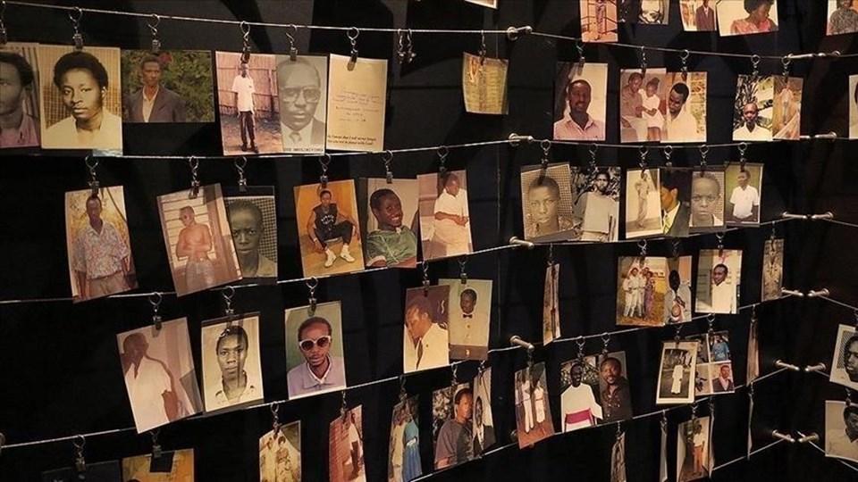 1994 yılında gerçekleşen soykırımda 100 gün içinde 800 bini aşkın kişi öldürüldü.