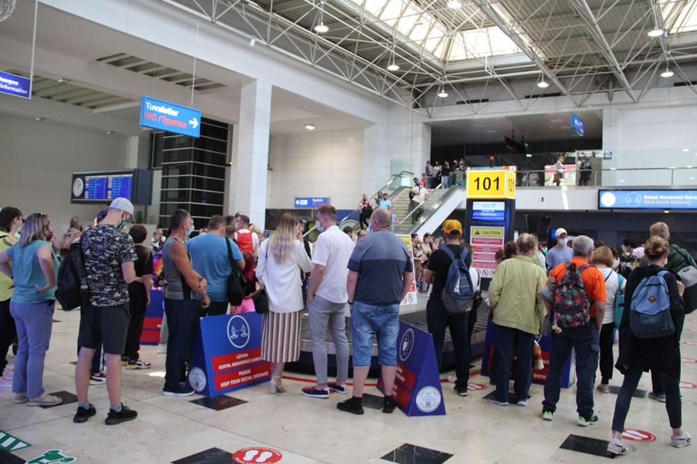 Kapılar açıldı, Ruslar akın akın geliyorlar! Rusya'dan hava trafiği yüzde 45 arttı - 30