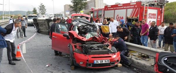 Maltepe'de feci kaza: 1'i ağır 3 yaralı