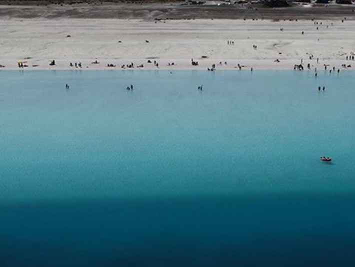 Salda Gölü'ne Millet Bahçesi ihalesinin iptali için dava