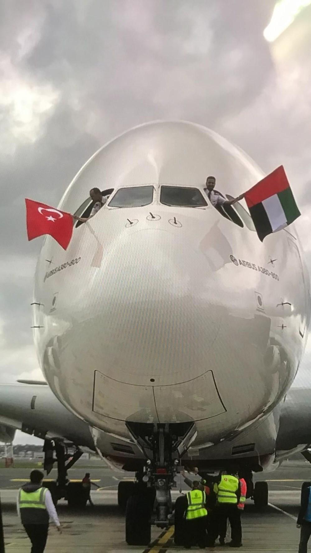 Dünyanın en büyük uçağı İstanbul'a ilk yolcularını taşıdı - 2