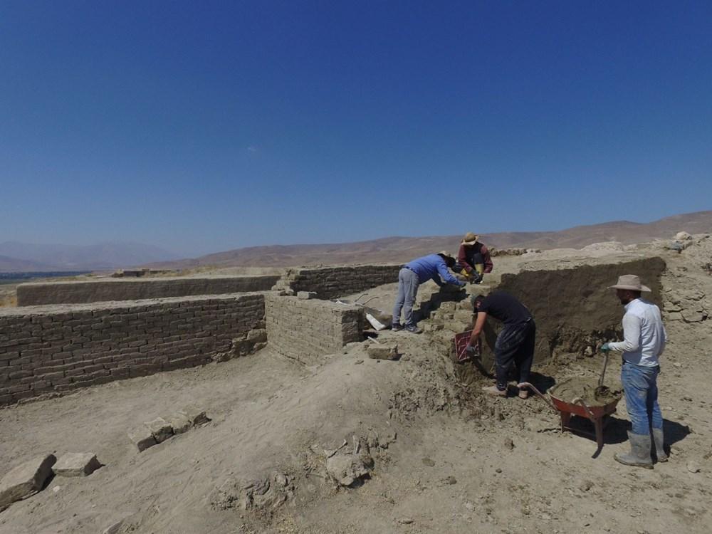 Urartular'a ait 2 bin 750 yıllık tahıl ambarları koruma altına alınıyor - 7
