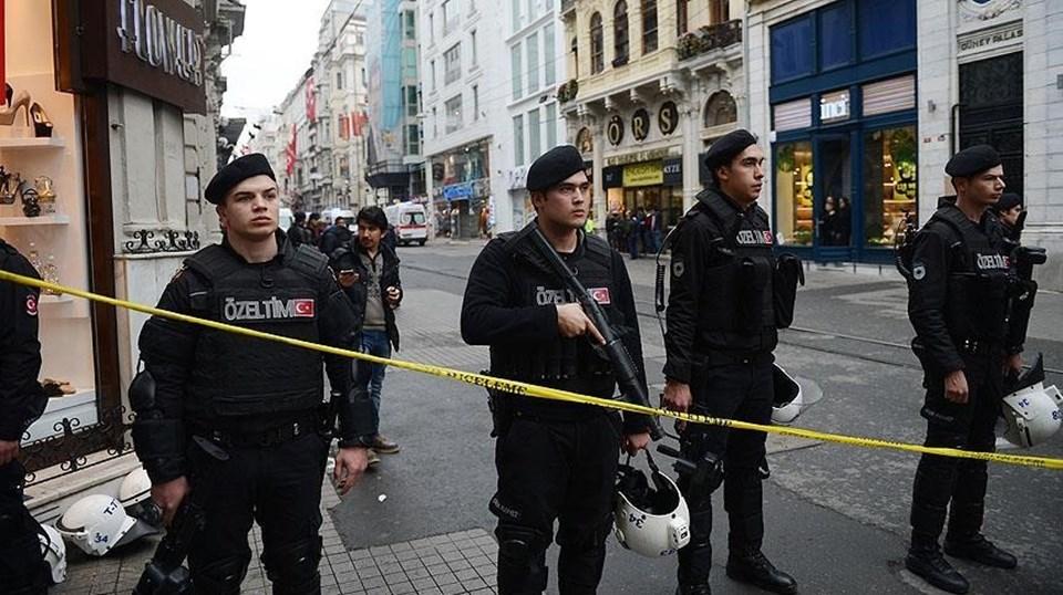 Patlamanın ardından olay yerine polis, sağlık ve itfaiye ekipleri sevk edildi. Patlamanın meydana geldiği alan güvenlik çemberi içine alındı. Polis ekipleri, yayaların caddeye girişine izin vermedi.