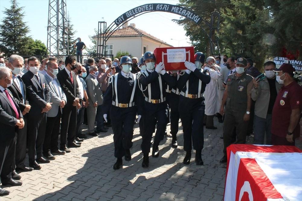 Manavgat'taki yangında ölen orman işçisi babasını cübbesiyle uğurladı - 6