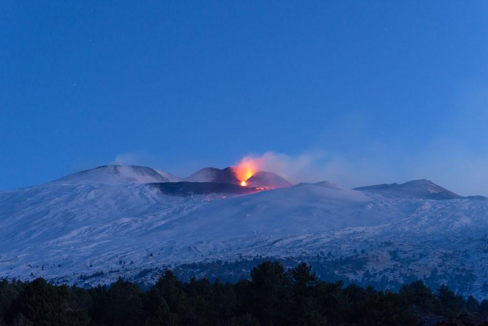 Etna Yanardağı yeniden faaliyete geçti - 7