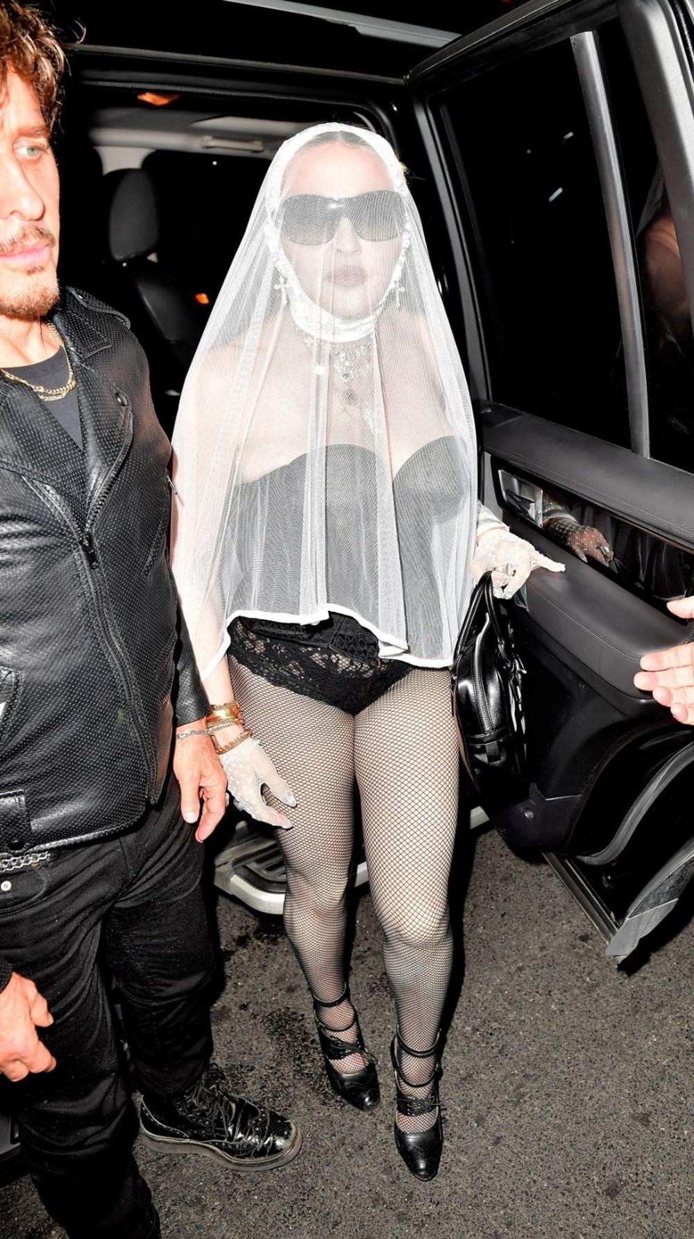 Madonna MTV Video Müzik Ödülleri after party'ye duvaklı katıldı - 2