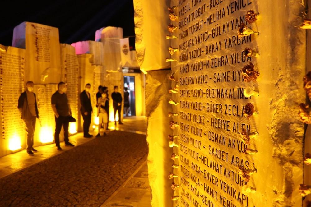 17 Ağustos depreminin 21. yılı: Hayatını kaybedenler törenle anıldı - 7