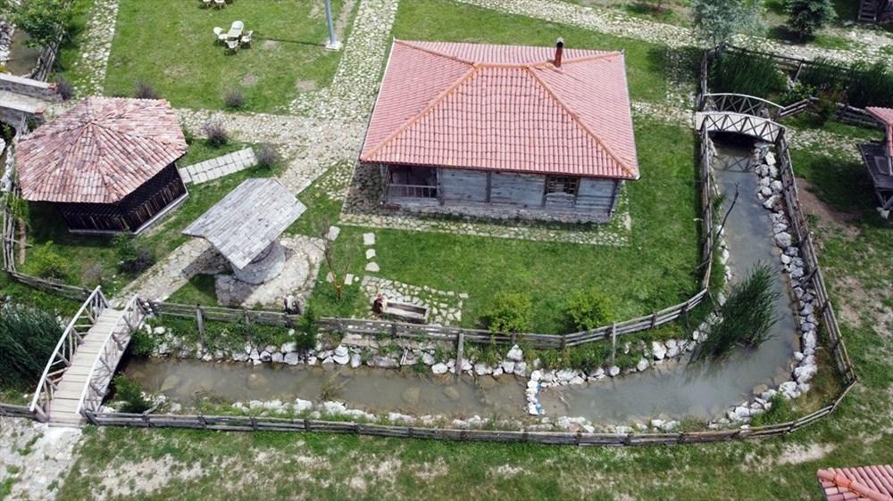 Dünyada bir benzeri olmayan köy: Ambarköy - 1