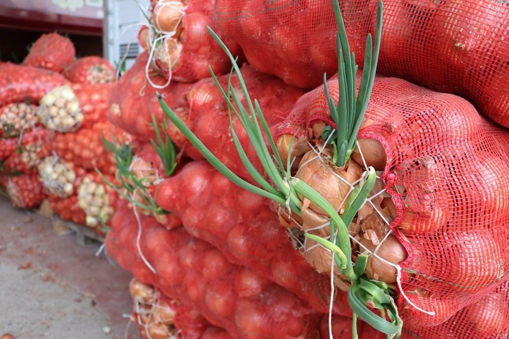 Tonlarca sebze meyve hal esnafının elinde kaldı - 11