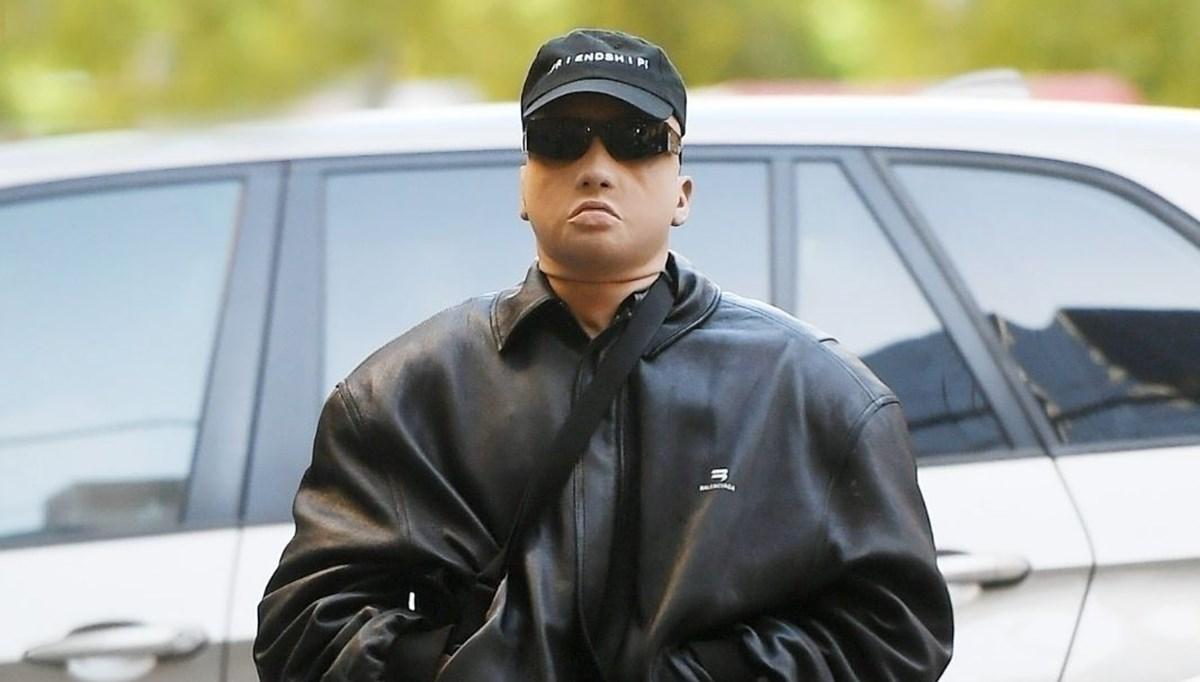 Kanye West (Ye) tanınmamak için maske taktı