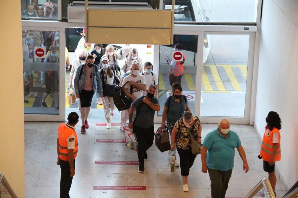 Kapılar açıldı, Ruslar akın akın geliyorlar! Rusya'dan hava trafiği yüzde 45 arttı - 10