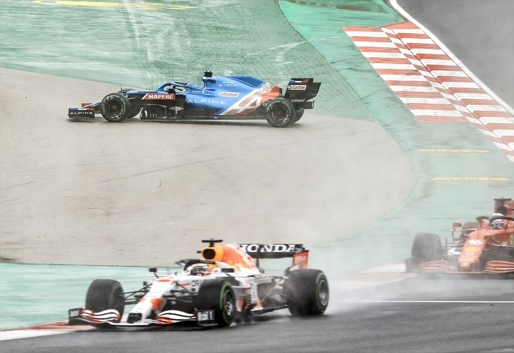 Formula 1 Türkiye Grand Prix'sinde kazanan Valtteri Bottas - 9