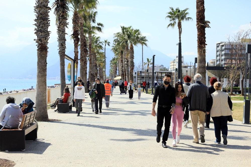 Kademeli normalleşmede 2. hafta sonu: Sahil ve parklar doldu - 15