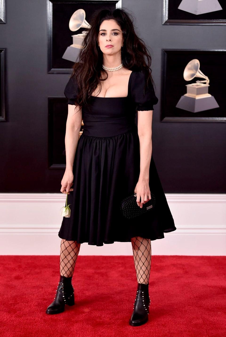 2018 Grammy Ödül Töreni, kırmızı halı, sarah silverman