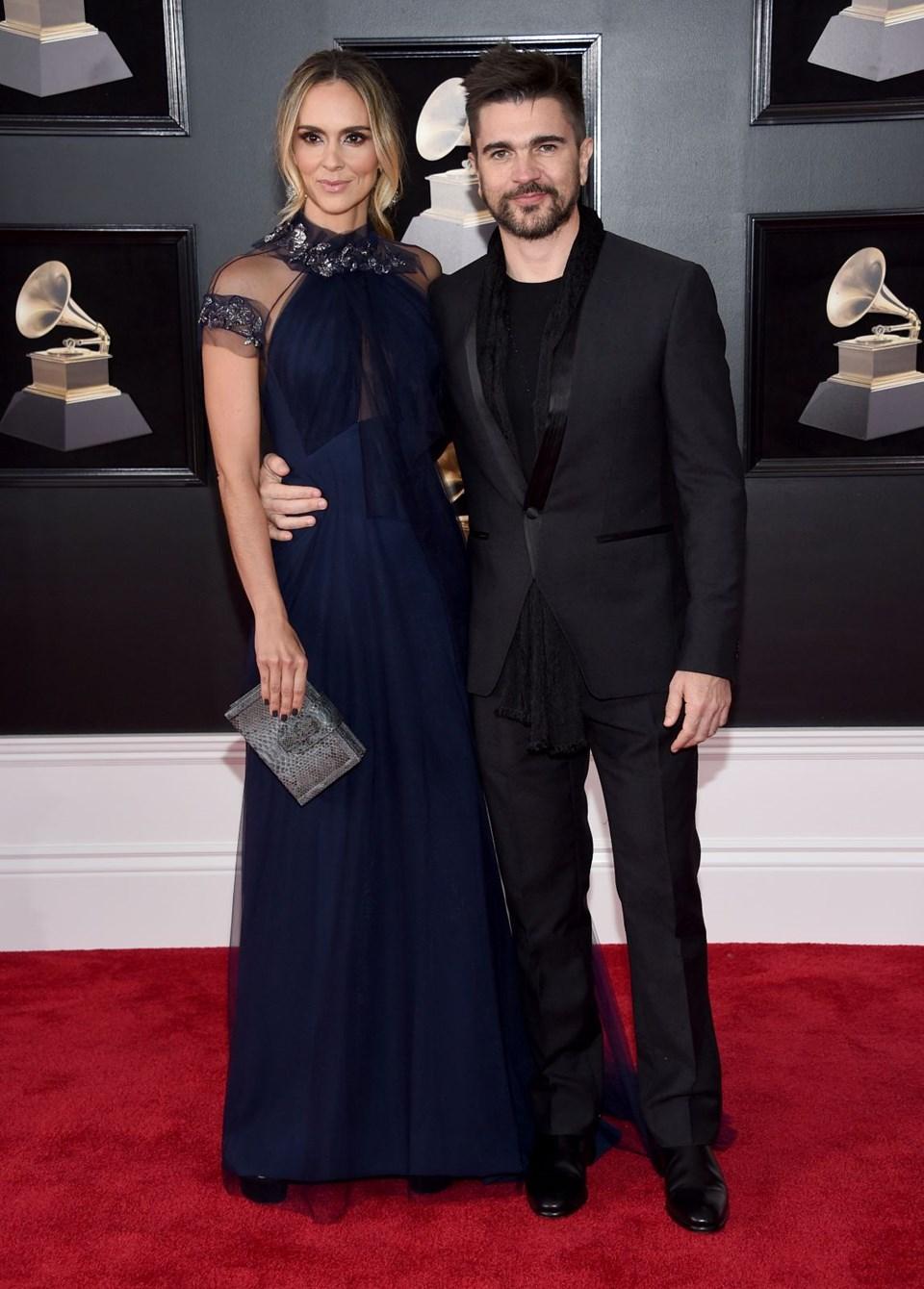 2018 Grammy Ödül Töreni, kırmızı halı,Juanes, Karen Martinez