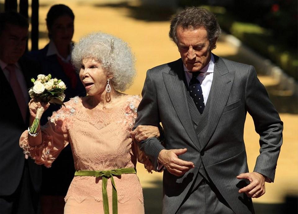 85'lik düşes evlendi