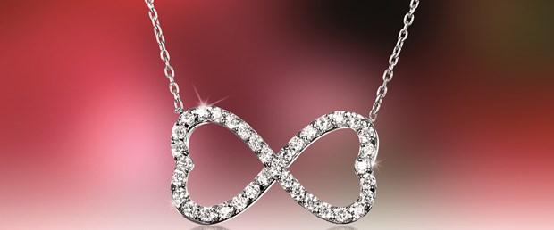 """Altınbaş'tan Sevgililer Gününe Özel Bir Tasarım: """"Bitmeyen Aşklara…"""""""