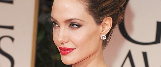'Angelina Jolie dördüncü bebeğine hamile'