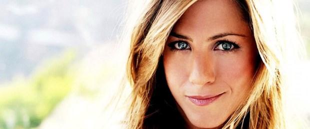 Aniston'dan 'Hamile' iddialarına yanıt