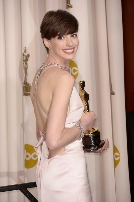 Anne Hathaway boşanacak mı?