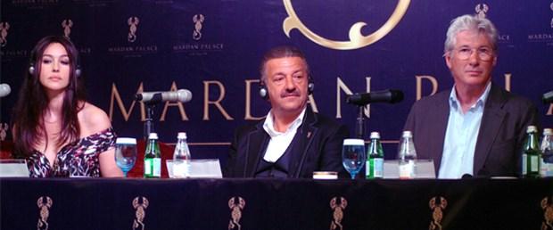 Antalya'ya yıldızları getiren işadamı kim?