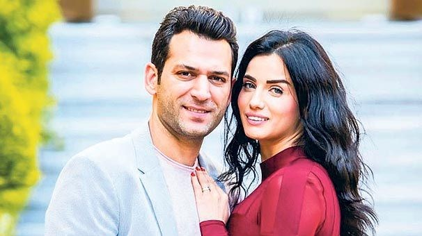 Are Tuba Buyukustun And Murat Yildirim Reuniting For A New: Aras Bulut Fellow And Çağatay Ulusoy Became Neighbors