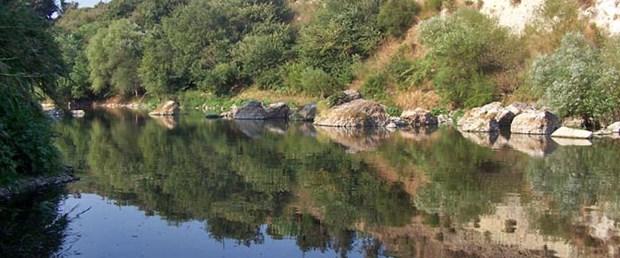 Asi Nehri'nde tekne sefası