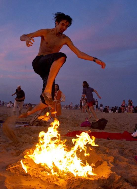 Ateşin ve dileklerin gecesi