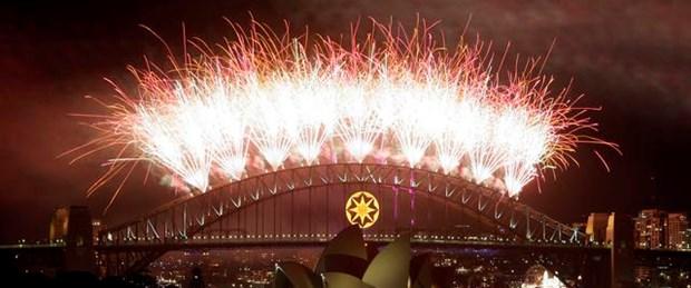 Avustralya ve Yeni Zelanda yeni yılı karşıladı