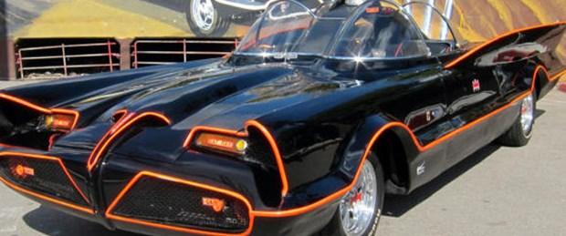 Batmobile 4,2 milyon dolara satıldı