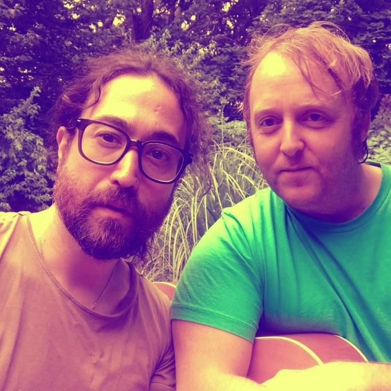 Sean Ono Lennon veJames McCartney