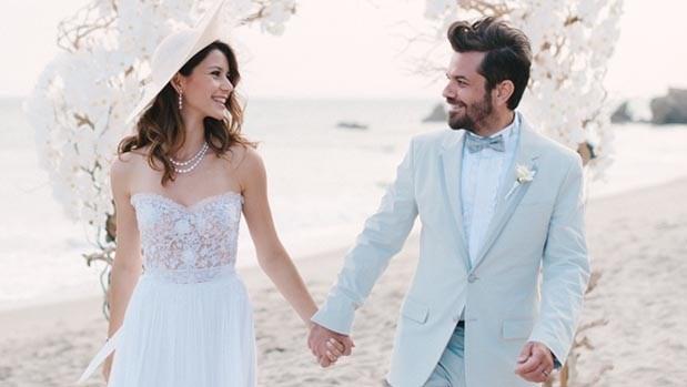 Çift 2014'te Amerika-Los Angeles'taki Malibu sahilinde evlenmişti.