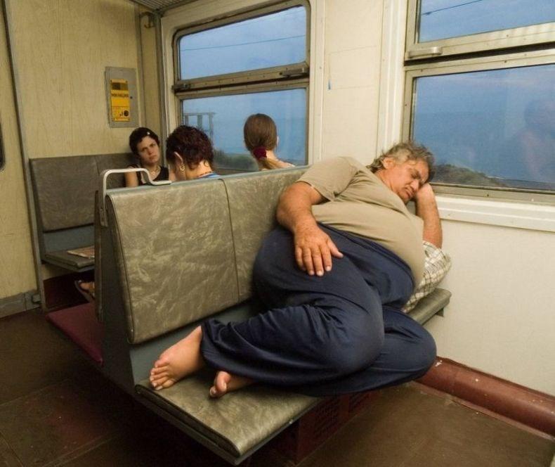Днем, прикольные картинки в поезде