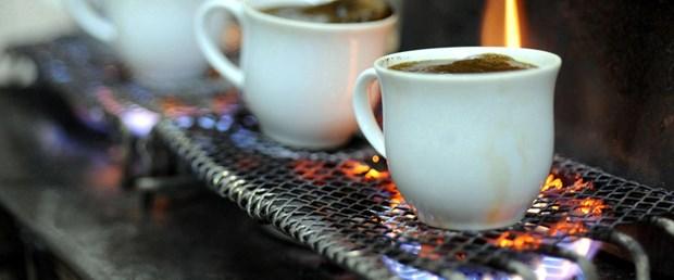 Bu kahve fincanda pişiyor