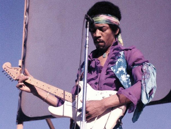 Gelmiş geçmiş en büyük gitar ustası Jimi Hendrix...